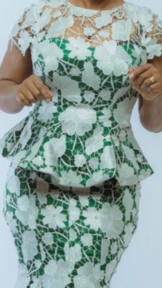 Lace Dress Styles, Ankara Dress Styles, Kente Styles, African Dresses For Kids, African Lace Dresses, African Fashion Dresses, African Attire, African Wear, Lace Skirt And Blouse