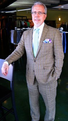 Mel came in wearing this awesome suit and found this great summer tie & pocket square to complement it