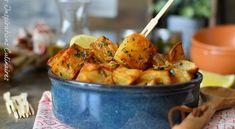 Direction le Liban avec cette recette de Batata Harra qui signifie pommes de terre épicées composée ...