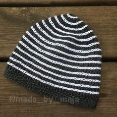 Another beanie finished! This is a small one, made with #tildagarn  Swedish pattern at mestvirkat.blogspot.se.  #virkadmössa #virka #crochet #crochetbeanie