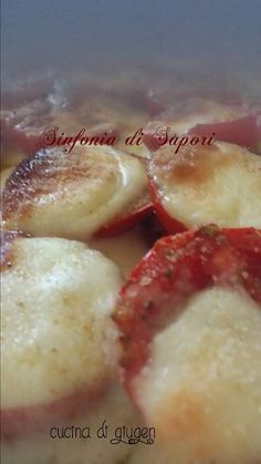 Non sapete cosa fare per cena, ecco un piatto facile e veloce: scamorza grigliata sopra un letto di pomodori   If you don't know what to make for dinner, here us a fast and easy recipe: grilled scamorza cheese over a bed of tomatoes  http://blog.alice.tv/sinfoniadisapori/2013/09/26/scamorza-grigliata/