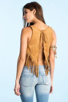 Замшевый топ Размеры: L Цвет: бежевый Цена: 1421 руб.     #одежда #женщинам #топы #коопт