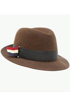 e6cb15a1cd1c 36 meilleures images du tableau Chapeaux   Man fashion, Menswear et ...