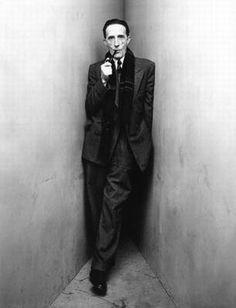 """Geralmente quando as pessoas dizem """"eu sei"""", elas não sabem, elas acreditam. (Marcel Duchamp)"""