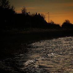 Solnedgang ved Torø Huse#visitfyn #fyn #nature #landscape #nofilter #natur #denmark #opdagdanmark #dänemark #visitdenmark #fynerfin #assens #vielskernaturen #assensnatur #travelgram #autumn #fall #efterår #motivation #torø