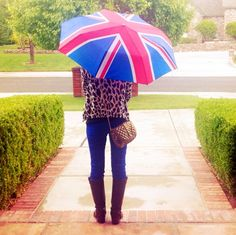 love that umbrella