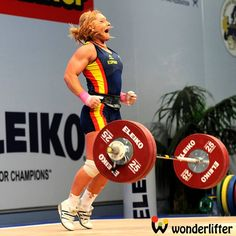 First Pull: Interview with two times Olympian Lydia Valentin Powerlifting Women, Barbell Lifts, Train Insane Or Remain The Same, Olympic Weights, Olympic Weightlifting, Muscle Fitness, Olympians, Athletic Women, Girls Who Lift