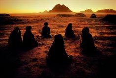 Steve Curry. Kuchis of Kandahar, Afghanistan, 1992. Cultures on the edge.