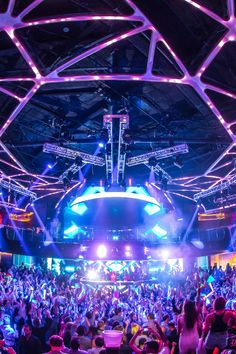 Some of the most popular DJs in the world call Hakkasan Las Vegas home including Tiesto, Calvin Harris, Hardwell, Steve Aoki, Afrojack and many more. For news and events check out www.electronicdancelife.com.