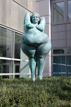 "Statue ""Yolanda"" at the Investitionsbank Berlin, Germany  (It is said: Beauty is in the Eyes of the Beholder)"
