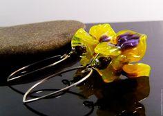 """Купить Серьги, подвеска """"Желтый ирис"""" стекло лэмпворк - желтый, серьги, серьги лэмпворк"""