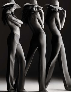 Karlie Kloss by Alexi Lubomirski for Vogue Spain February 2013 _
