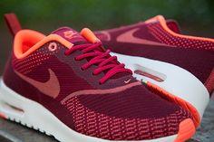Nike Thea Jacquard Fushia Mango