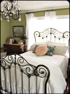 25 best painted iron beds images bedrooms dream bedroom bedroom rh pinterest com
