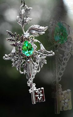 images/nature__s_spirit_key_necklace_by_keyperscove-d4yyvww.jpg