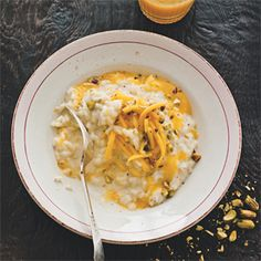 Rezept von Denis Cotter: Vanilla and coconut risotto with spiced mango