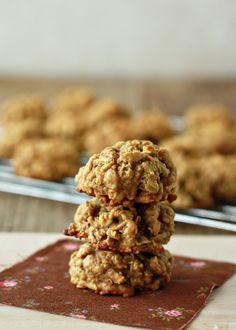 Spiced Pumpkin Oatmeal Cookies   Kitchen Treaty