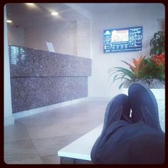 Chillen in the hotel lobby. San Diego Hotels, Hotel Lobby, Home Values, Cali, Life