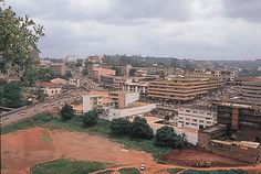 Foumban :  - Camerún