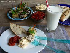 Dreierlei Mezze – Auberginen-Röllchen, Antep Ezmesi und Havuç Ezmesi mit Ekmek und Ayran  - Mario´s Fire Food & Fine Food Impressum: http://www.mario-kaps.de/impressum/