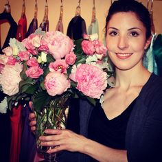 The lovely Natasha and this weeks flowers from #Emblem #Florist #bouquet #toronto #flowers #thebest #pretty #pink #Padgram