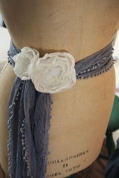 Pretty white no sew fabric flower accessories