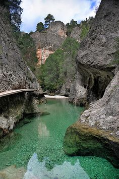 El Parrisal de Beceite Gorge on Rio Matarraña, Spain (by Clasificado). Didn't you say you were going to Spain in the Summer? Places To Travel, Places To See, Travel Destinations, Places Around The World, Around The Worlds, Wonderful Places, Beautiful Places, Magic Places, Aragon