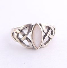 Celtic Knot Ring, Sterling Silver And Mother Of Pearl, UK size O ~ US size 7 by DaisysCabinet on Etsy