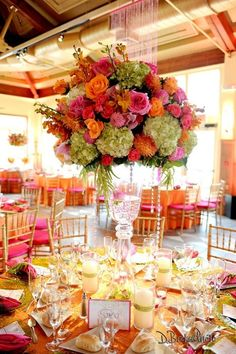 Tall arrangement so guests can see everything. D. Becker photography via Hadley Court