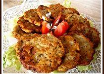 Bramboráky ze suchého chleba Salty Foods, Ratatouille, Tandoori Chicken, Recipies, Stuffed Mushrooms, Food And Drink, Appetizers, Vegan, Cooking