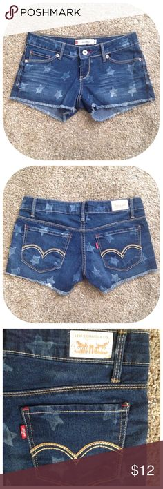 "Levi's Size 0 Star Denim Cutoff Shorty Shorts Excellent condition; Across waist - 14.5"", Front rise - 6"", Inseam - 2.5""; Cotton, Polyester, Spandex Levi's Shorts Jean Shorts"