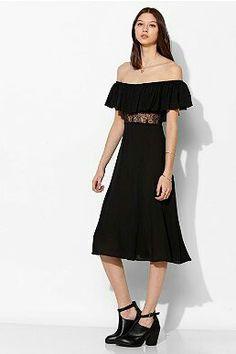 d7c6086a7 Kimchi Blue Eva Off-The-Shoulder Midi Dress Urban Dresses