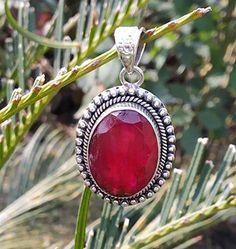 Ruby Gemstone Pendant in Sterling Silver. Royal Jewelry, Red Jewelry, Jewelry Party, Gemstone Jewelry, Ruby Gemstone, Silver Jewellery, Turquoise Jewelry, Boho Jewelry, Jewelry Rings