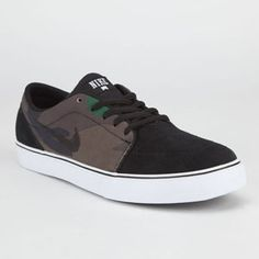 NIKE Satire Canvas Mens Shoes. Brother gift idea?