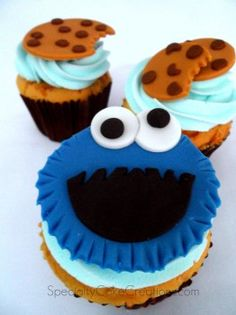 Cookie Monster and Cookies Cupcakes