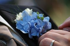 Blue Hydrangea wedding flower boutonniere, groom boutonniere, groom flowers, add pic source on comment and we will update it. www.myfloweraffair.com can create this beautiful wedding flower look.