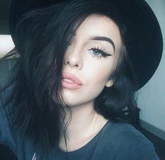 acacia brinley, beauty, black and white, fashion, hair, makeup, tumblr