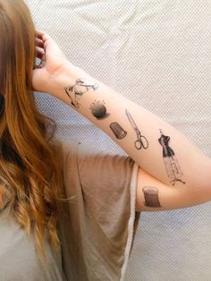 Tatto Ideas & Trends 2017 – DISCOVER 6 Sewing Temporary Tattoos SmashTat van SmashTat op Etsy Discovred by : Aurore Digonzelli Time Tattoos, Sexy Tattoos, Body Art Tattoos, Small Tattoos, Sleeve Tattoos, Tattoos For Guys, Cool Tattoos, Piercing Tattoo, Scissors Tattoo