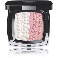 CHANEL PERLES ET FANTAISIES Illuminating Powder ($71) ❤ liked on Polyvore featuring beauty products, makeup, face makeup, face powder, beauty, chanel, illuminating face powder, chanel face powder and chanel face makeup
