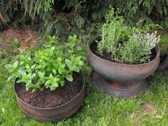 How to Make Inside Out Tire Planters - Upcycle old tires!!