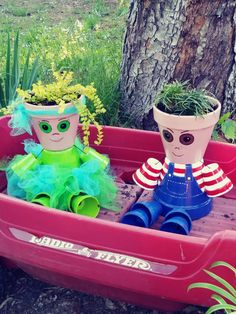 My flowerpot kids Clay Pot Projects, Clay Pot Crafts, Diy Clay, Xmas Crafts, Diy Projects, Flower Pot People, Clay Pot People, Clay Flower Pots, Flower Pot Crafts