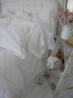 Not hard to get more beauty sleep in this comfy, cozy, cloud-like bedding. Simply Shabby Chic @ Target.