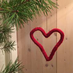 Julehjerter av snorer | Woolspire