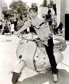 ELSA MARTINELLI and her Vespa The 18 year old Italian actress was on the set of her film Le Rouge et la Noir - Dunway Enterprises Vespa Scooters, Motos Vespa, Lambretta Scooter, Piaggio Vespa, Scooter Girl, Moto Scooter, Vespa Girl, Vespa Vintage, Bike Woman