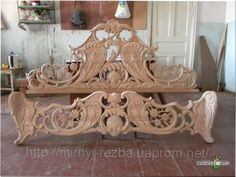 резьба по дереву - Пошук Google Sofa Furniture, Furniture Design, Wood Bed Design, Art Carved, Wood Detail, Classic Furniture, Wood Carving, Wood Art, Interior And Exterior