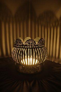 bildergebnis f r kronen basteln aus blechdosen kreativ pinterest krone basteln basteln. Black Bedroom Furniture Sets. Home Design Ideas