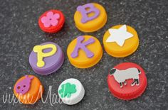 create way to make inexpensive stamps for the kiddos this summer! #kidscrafts #kids from @vixen