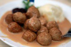 Slow Cooker Swedish Meatballs - Foodista.com