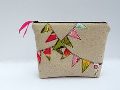 My Bunting Cosmetic Bag Tutorial