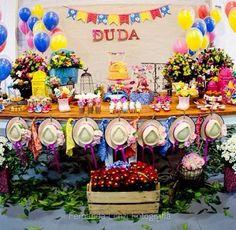 Festa da Duda. Tema São João.